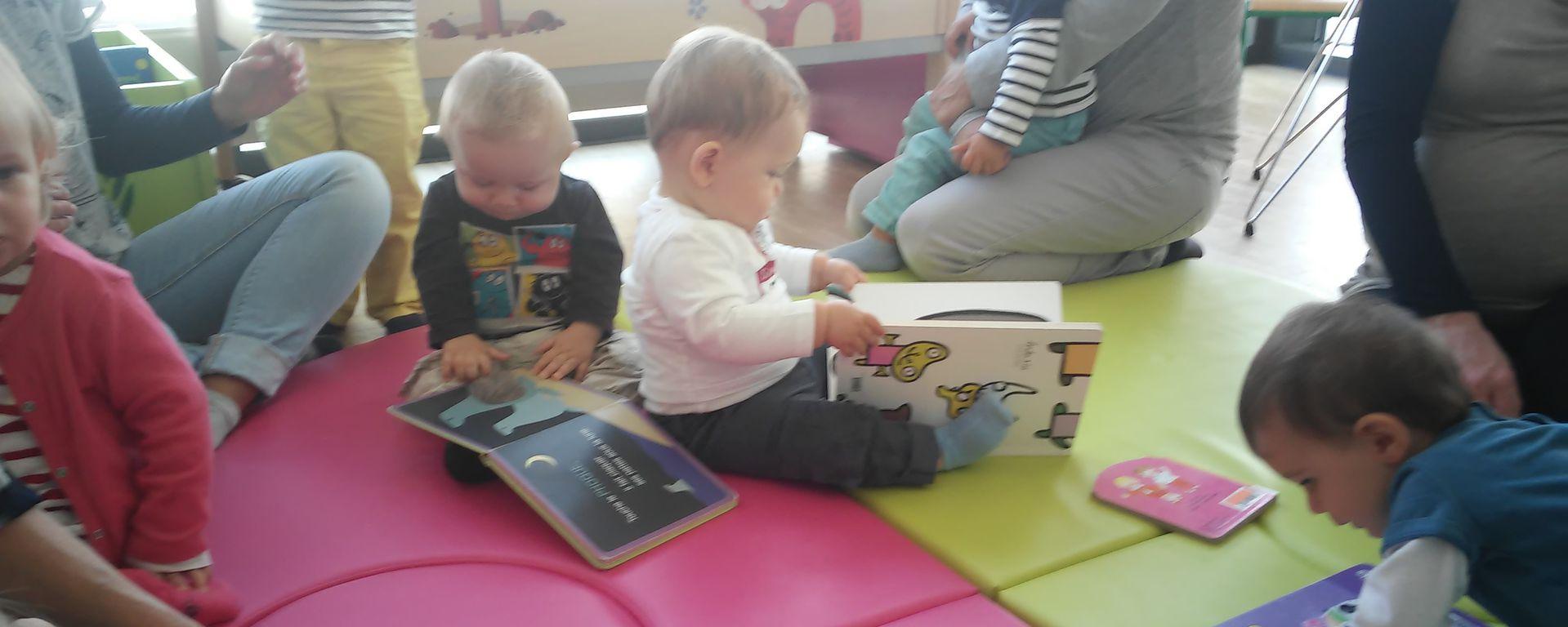 Séances d'éveil aux livres avec les bibliothèques de Dompierre sur Mer et Sainte-Soulle