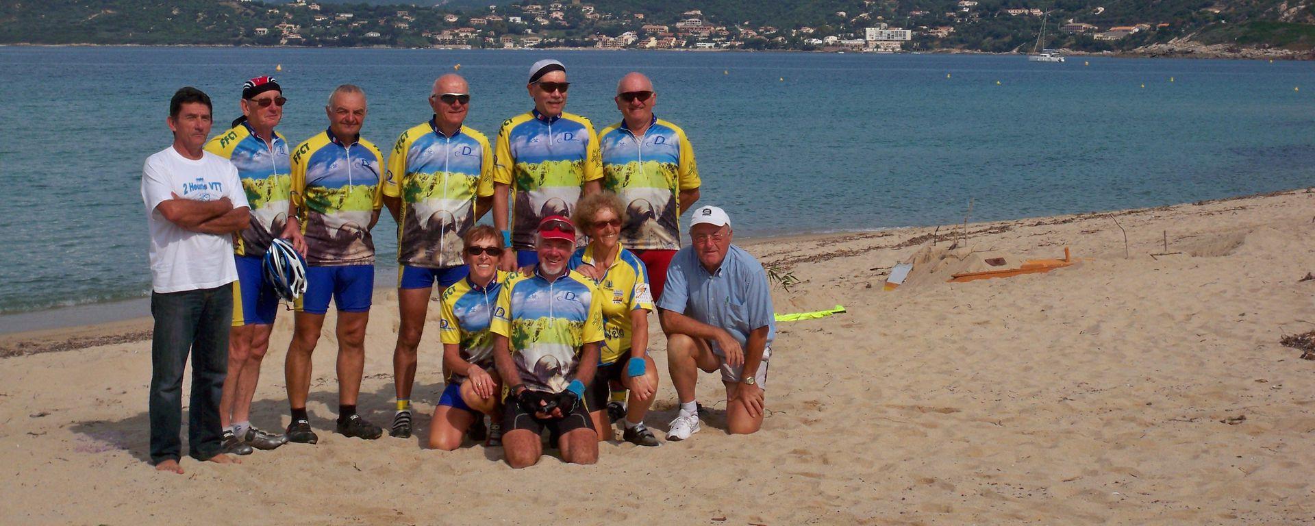 Le Club de Cyclo en Corse (Copyrigt - Club de Cyclo de Dompierre sur Mer)