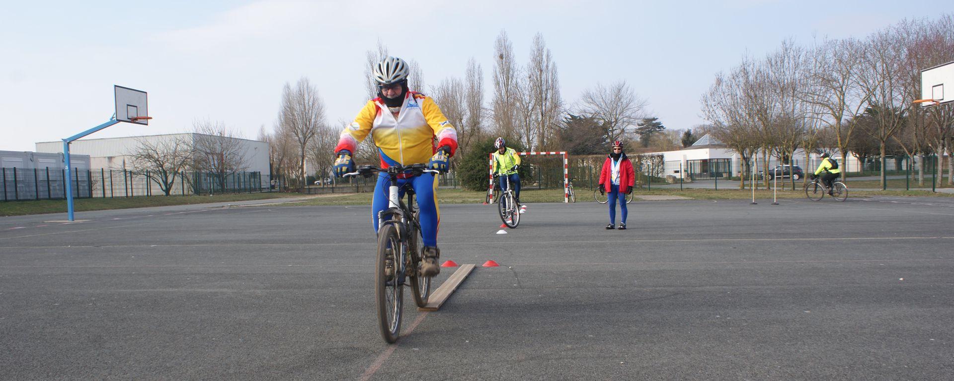 Stage d'initiateur (Copyrigt - Club de Cyclo de Dompierre sur Mer)