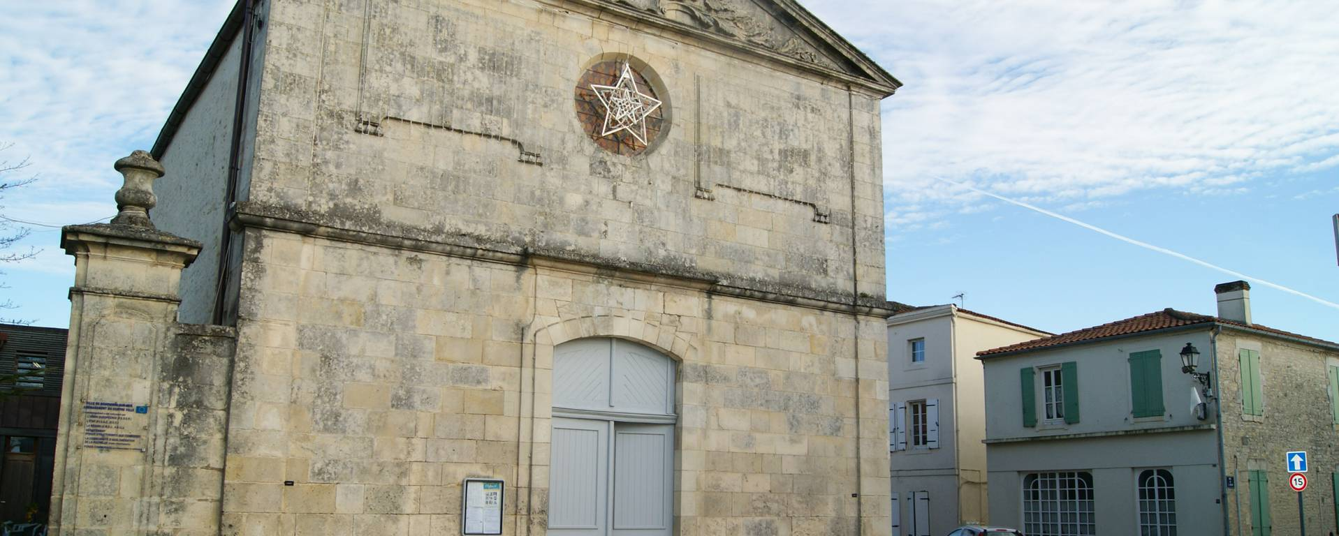L'église de Dompierre sur Mer