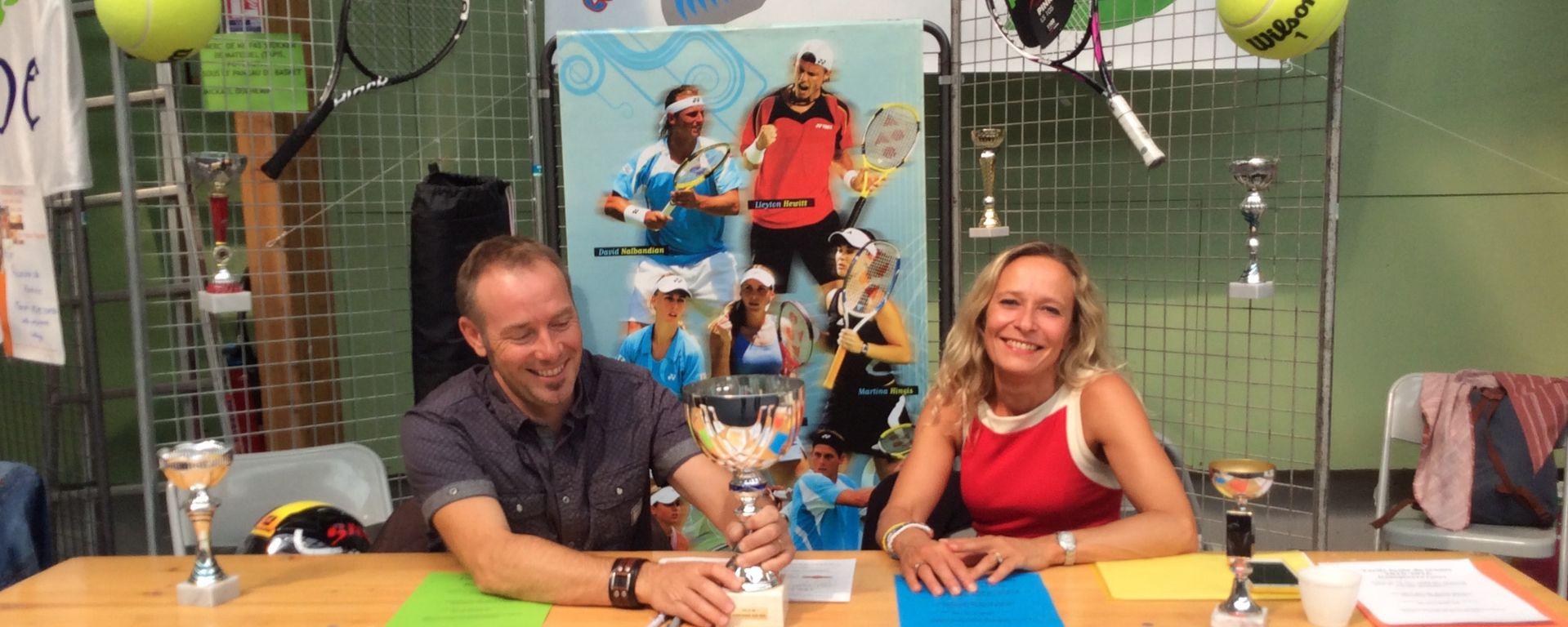 Le Tennis Club lors du Forum Associatif en 2015 (Copyright - Mairie de Dompierre sur Mer)